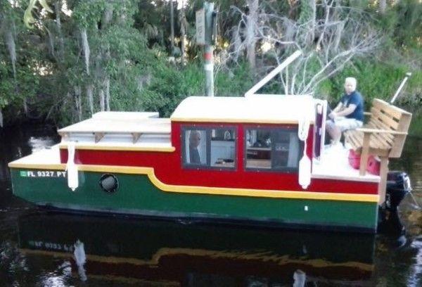 Tiny House Vacation in a Tiny Shantyboat in Deland, FL