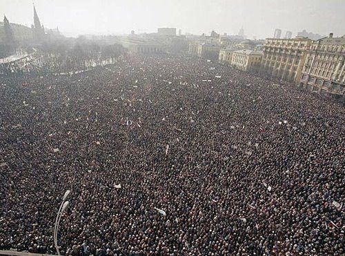 This Is Russia A Protest Against Putin The Temp Is 18 Degrees Celsius These People Are Serious Why Are We Not Hearin Photo Historical Images Iconic Photos