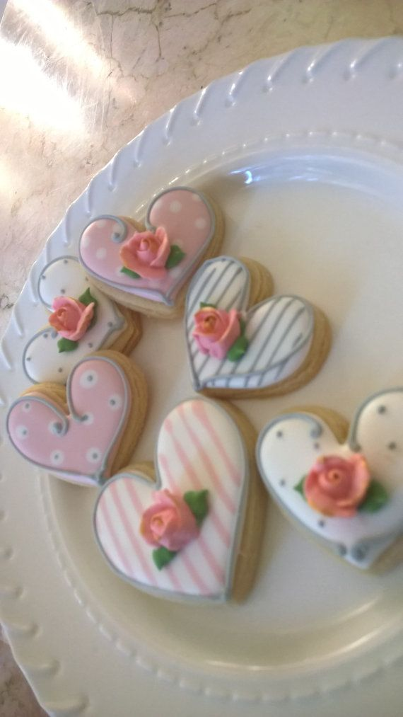 24 Pcs. Round or Heart Cookie Favor-White by MarinoldCakes