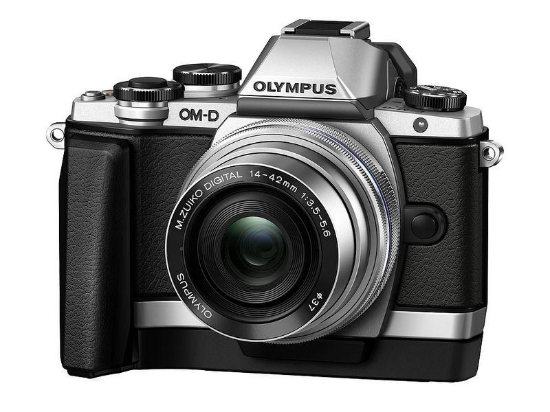 New Olympus Om D E M10 With M Zuiko Digital Ed 14 42mm 1 3 5 5 6 Ez Lens Ecg 1 Hand Grip Olympus Camera Photography Travel Camera Olympus Camera