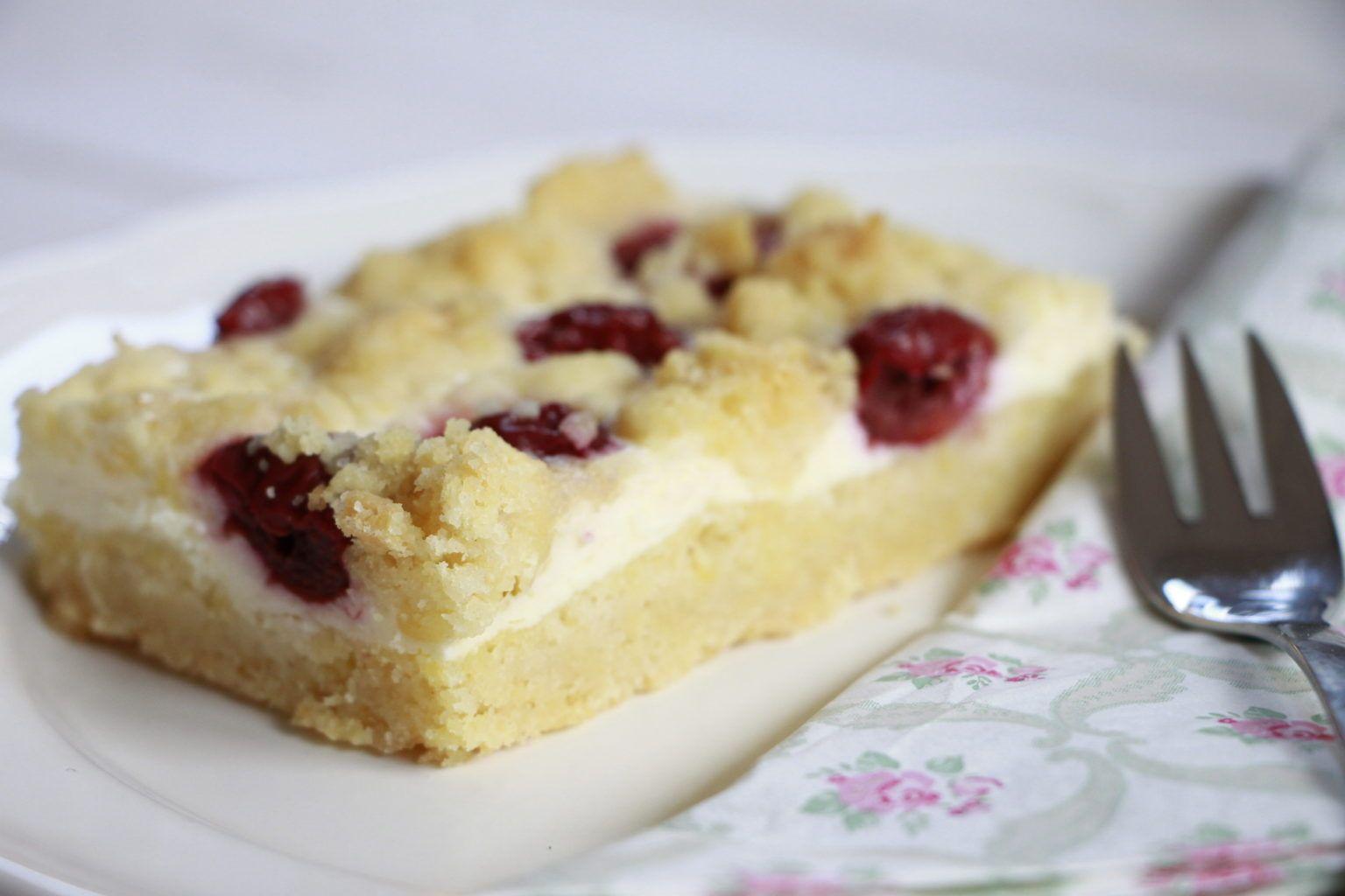 Schnelles Rezept Kirsch Streuselkuchen Mit Quark Streuselkuchen Mit Kirschen Quark Streuselkuchen Streusel Kuchen