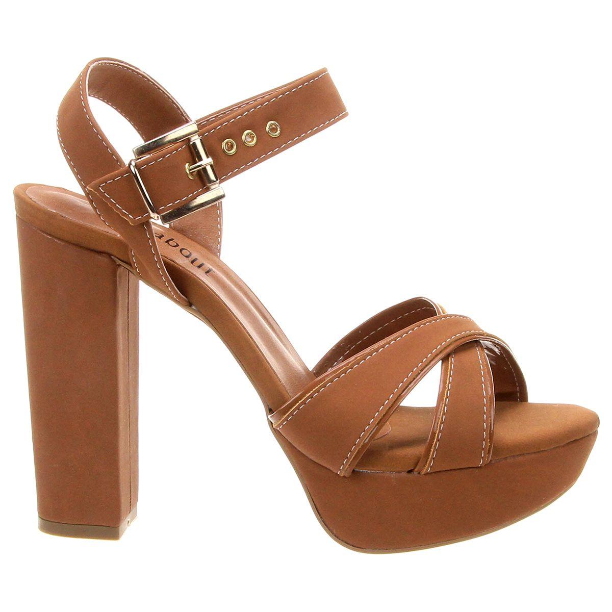 e0407c71408 Compre Sandália Walkabout Meia Pata Caramelo na Zattini a nova loja de moda  online da Netshoes. Encontre Sapatos