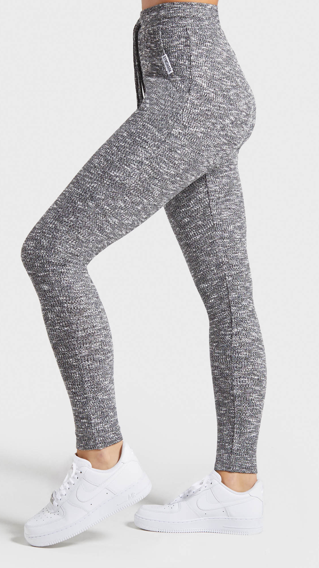With a high waisted fit and a ribbed marl design, the Slounge Leggings guarantee a customisable feel...