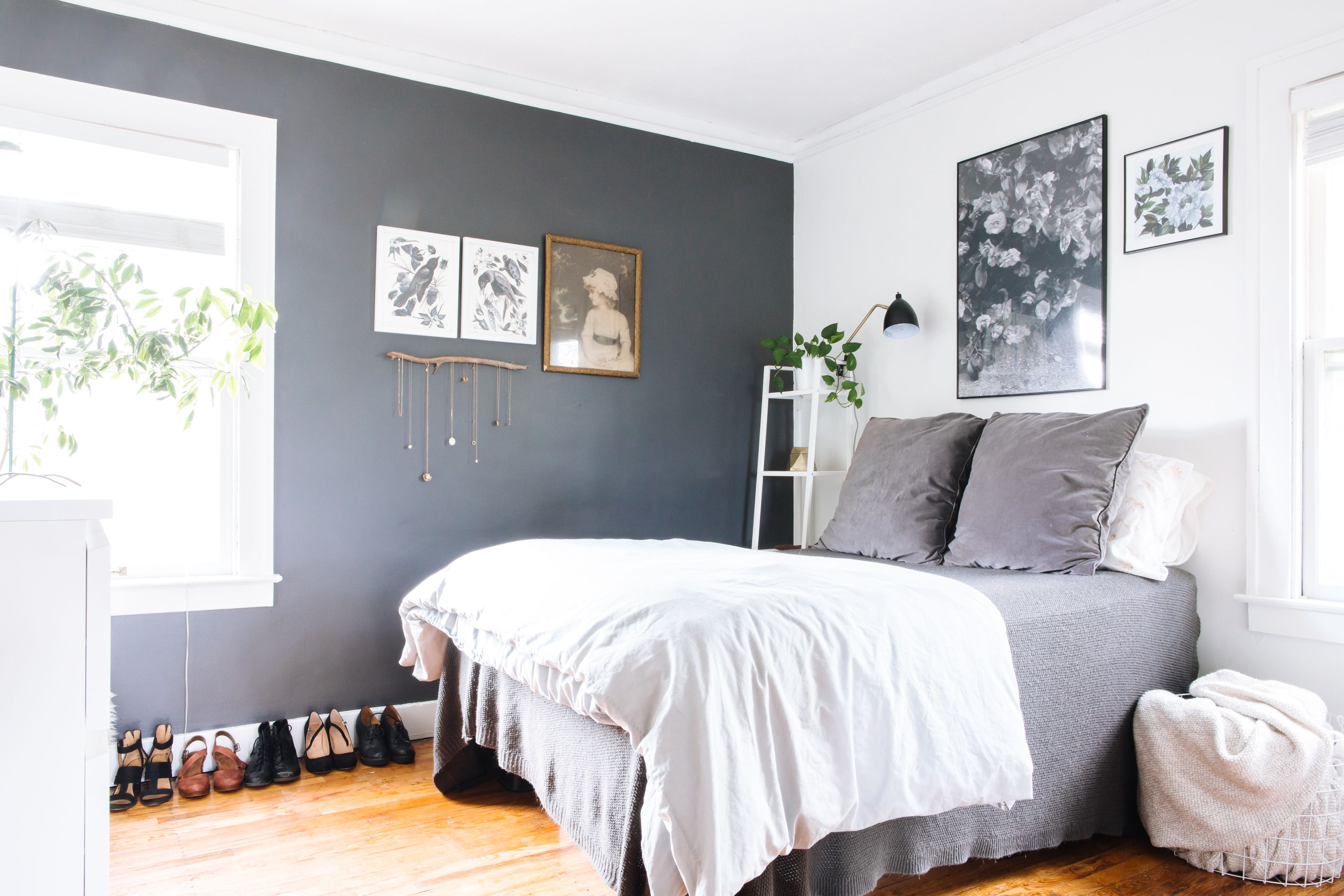 8 Paint Colors That Always Work For A Small Bedroom Small