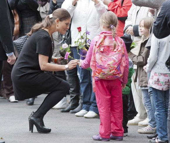 Pregnant Princess Victoria and Prince Daniel of Sweden visit Finland on a royal tour - Photo 6 | Celebrity news in hellomagazine.com
