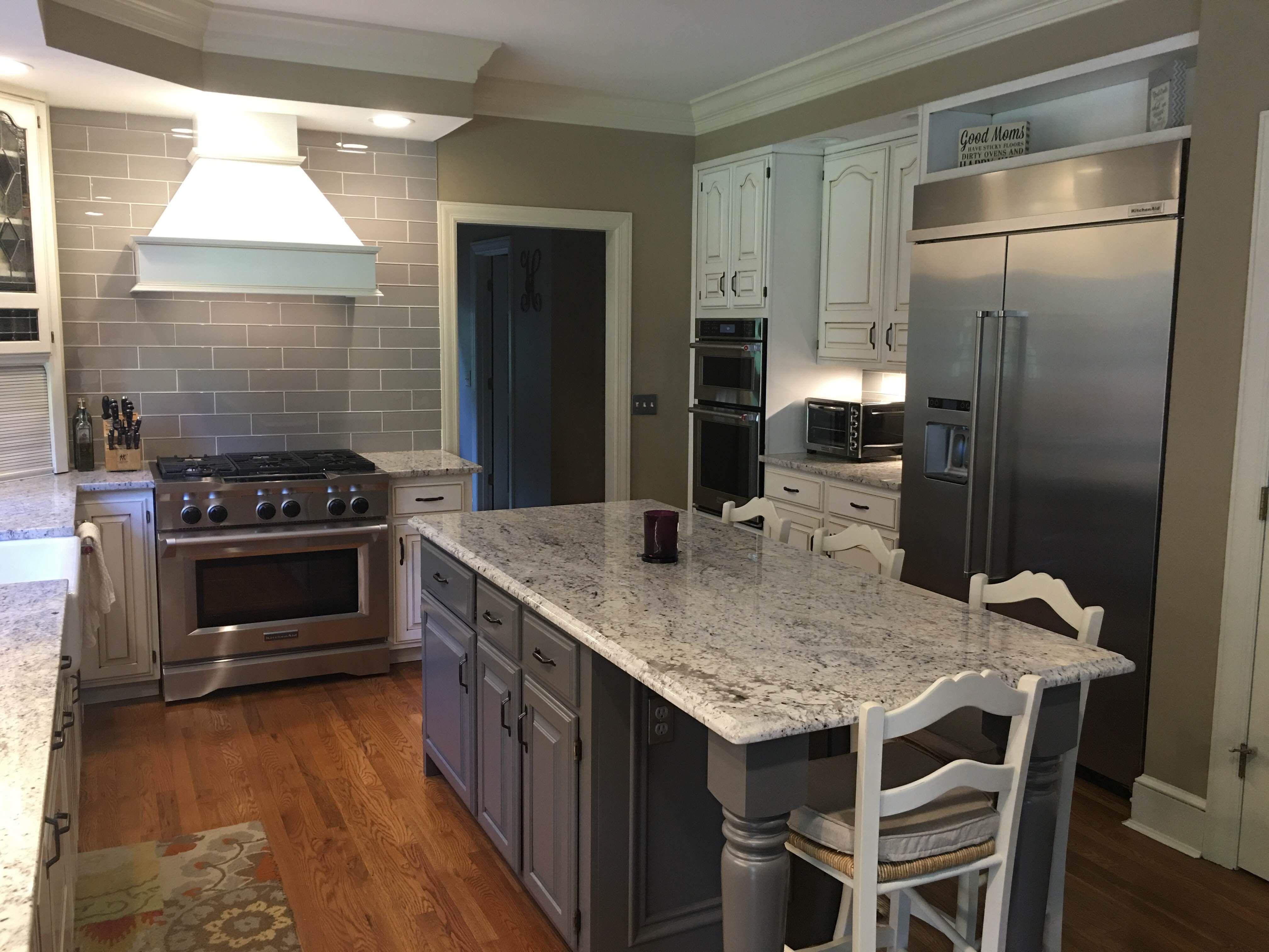 Smoke Glass 4 Quot X 12 Quot Subway Tile Kitchen Remodel Kitchen Redo Kitchen Design