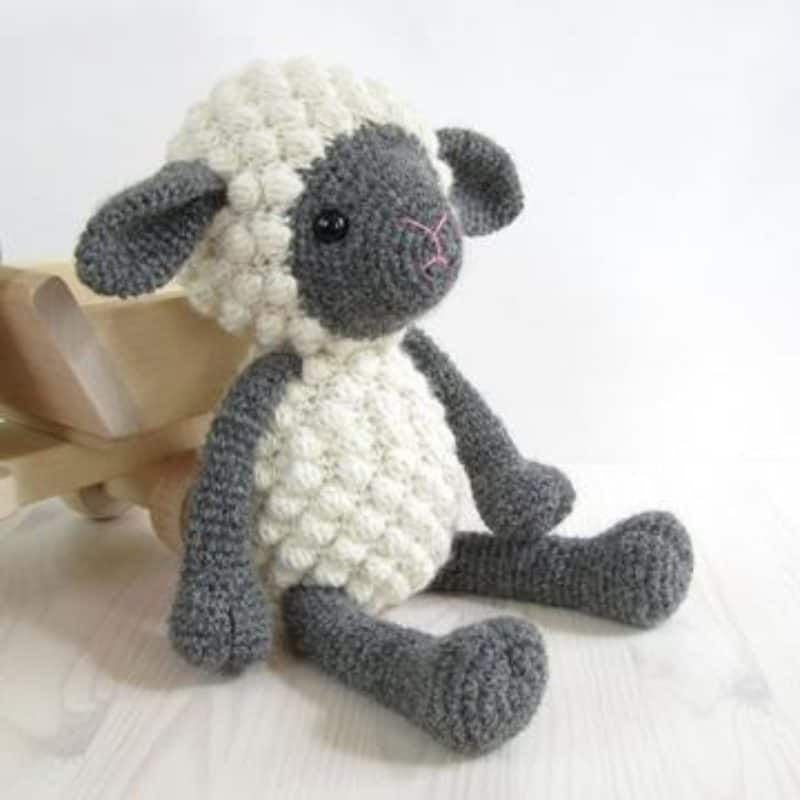 Crochet Bobble Sheep Pillow And Lots Of Free Patterns | Pisos