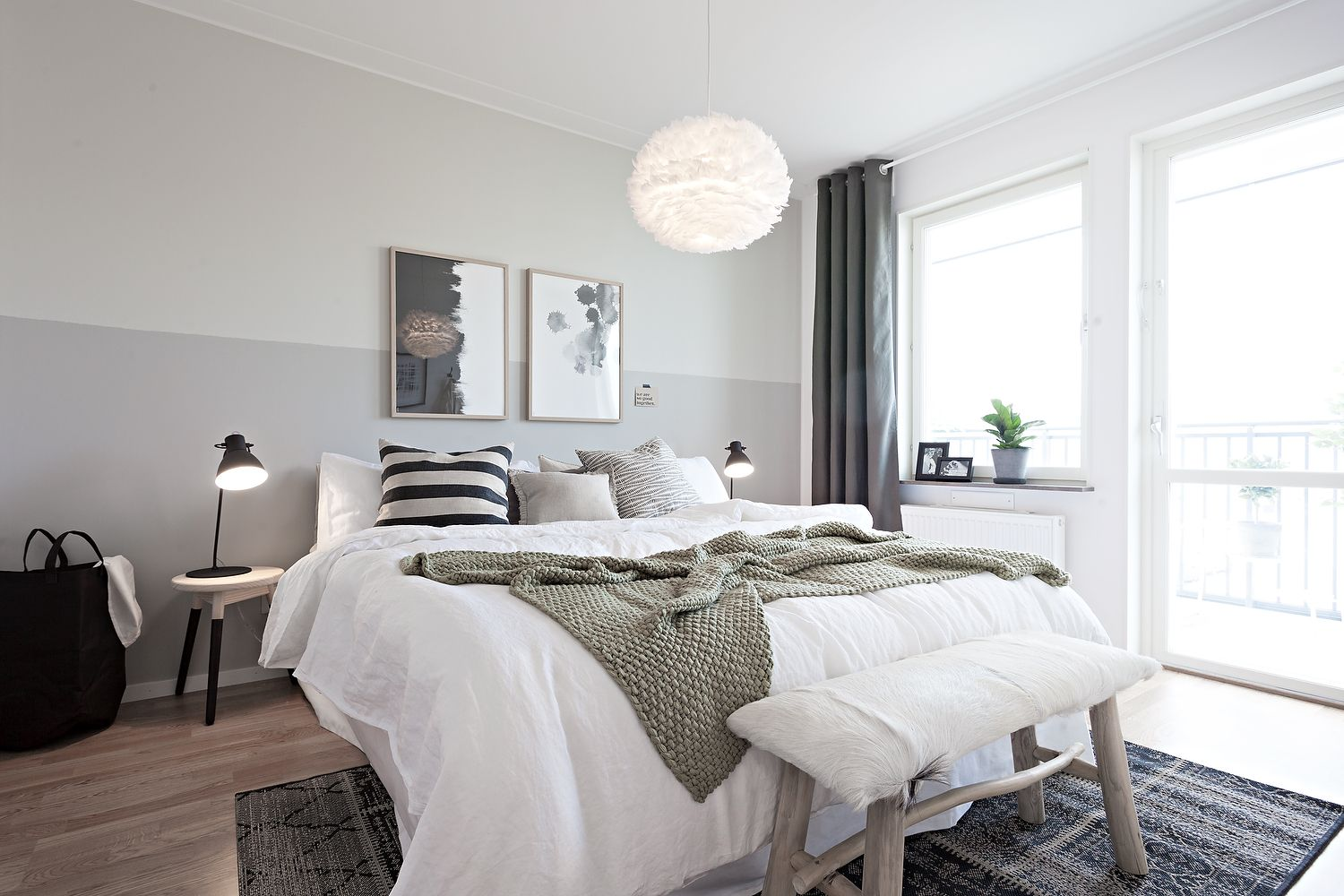 Here are 23 Scandinavian bedrooms showcasing their