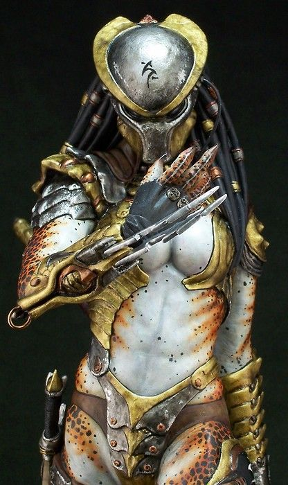 Female predator model is so good it's confused for cosplay (mite have to be her while by is the male predator n see who gets more pics lol)
