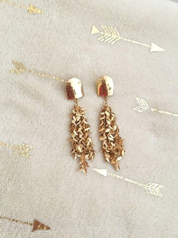 À vendre sur    vintedfrance  vinted  vintedfemme  bijoux  bijouxfemme   tendance 881b051f041