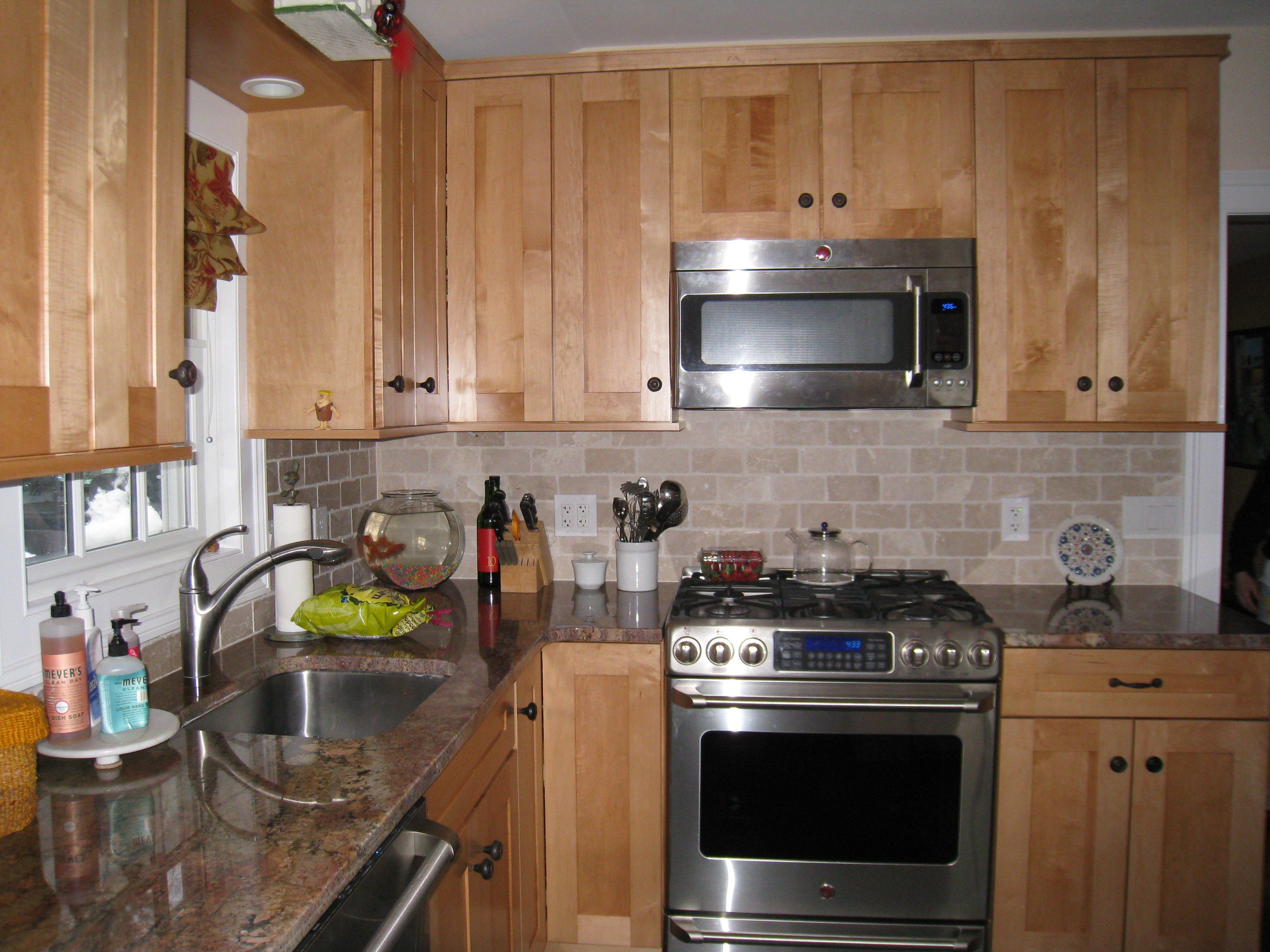 Craftsman style maple cabinets with Craftsman style tile