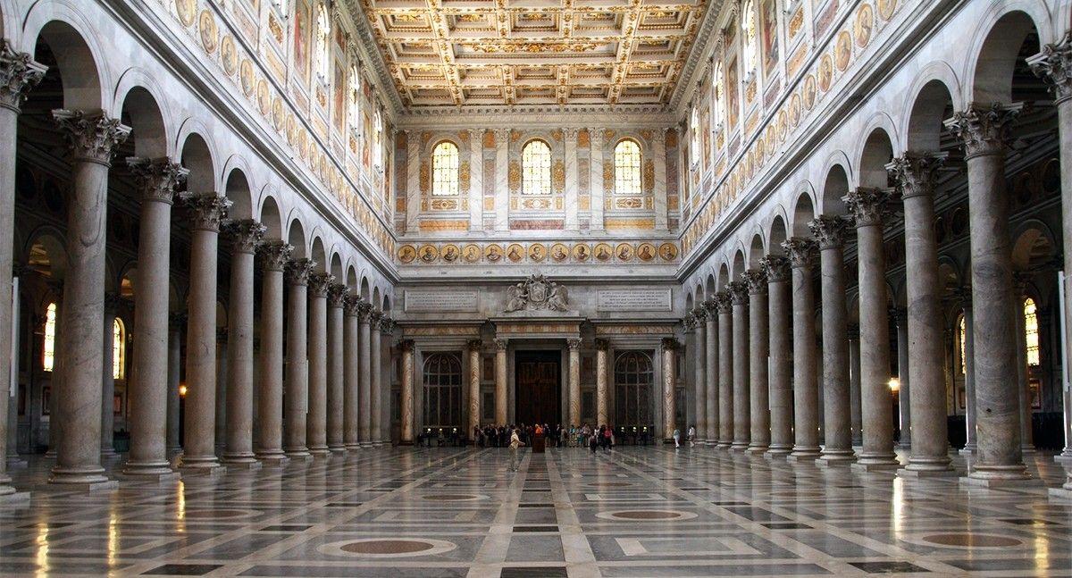 Interno Della Basilica Di San Paolo Fuori Le Mura Architettura Arte Romana San Paolo