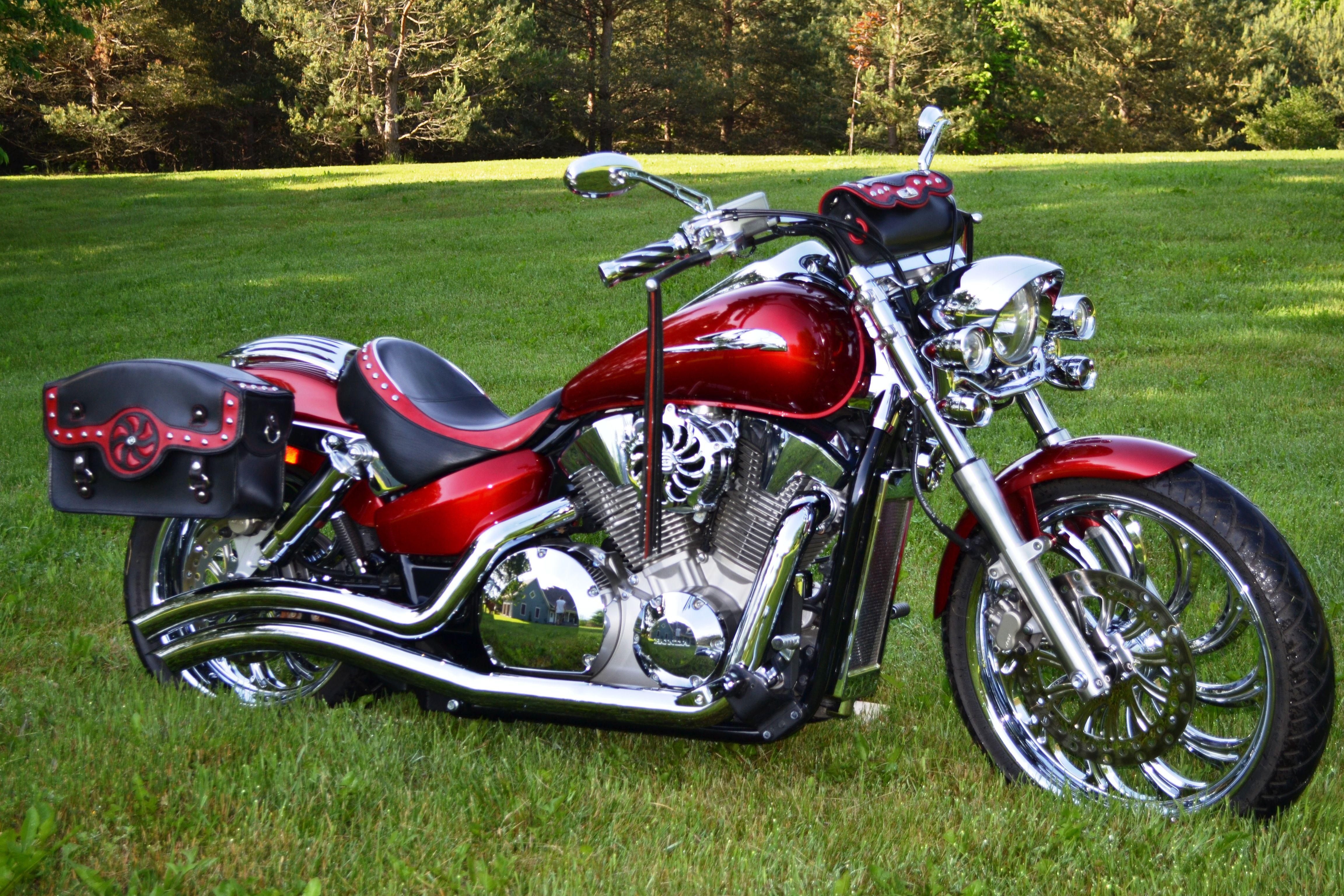 honda vtx with sweet caroline custom set saddlebags handlebar pouch and custom seat cover  [ 4608 x 3072 Pixel ]