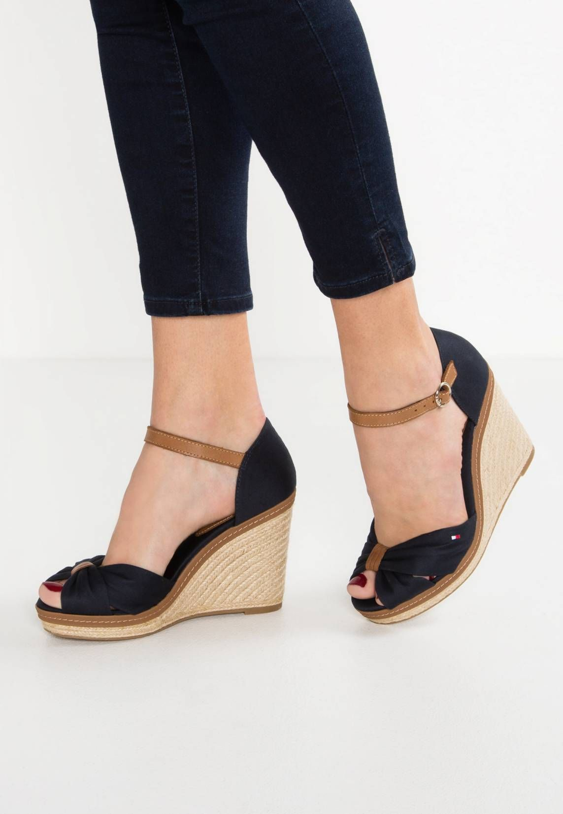 Tommy HilfigerHigh heeled sandals - dark blue PcAXabyb