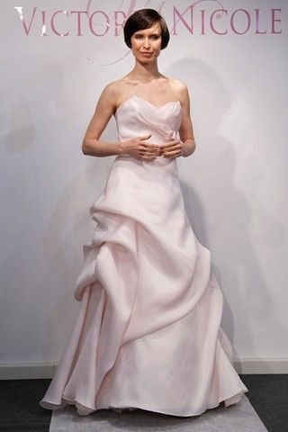 Victoria Nicole Bridal Spring 2013 - its gorgeous!!!í