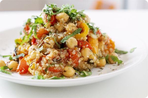 obsessed with food.: quinoa-salat mit gegrilltem gemüse.