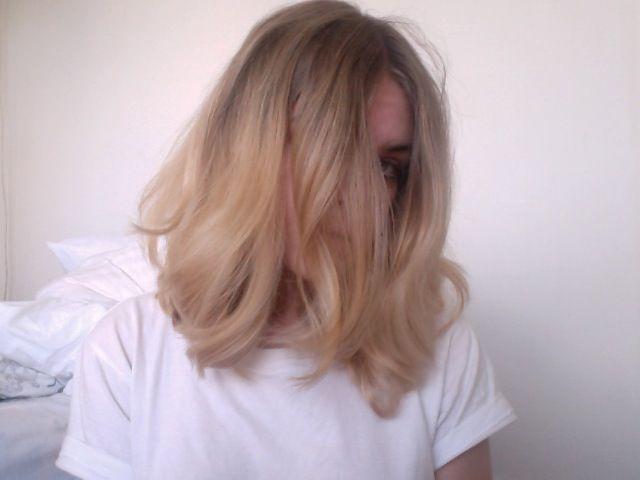 soft color. soft curl.