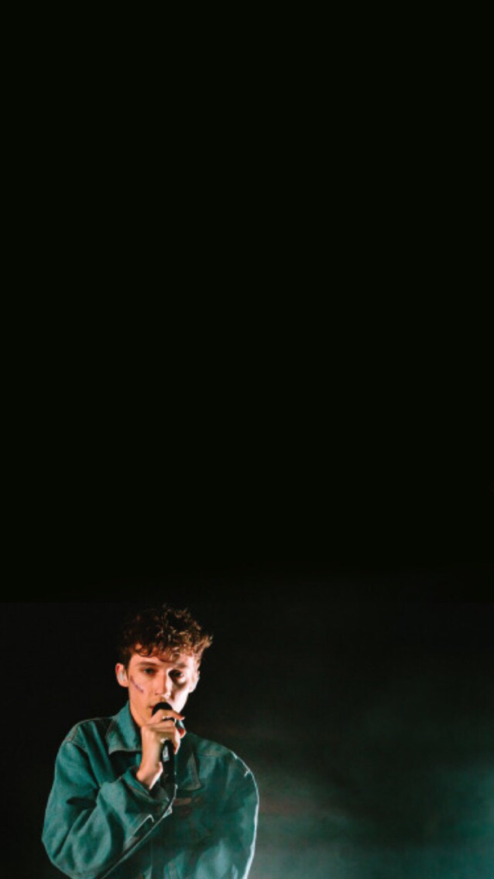 Troye Sivan Lockscreen Troye Sivan Black Aesthetic Print Pictures