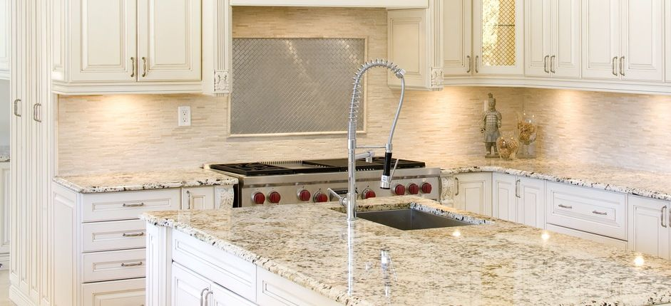 white kitchen |  -delicatus-white-granite » cc50-antiqueglaze