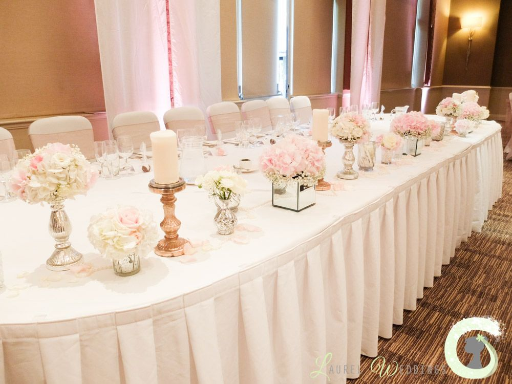Mirror Cube Arrangements And Small Vases Of Flowers Top Table