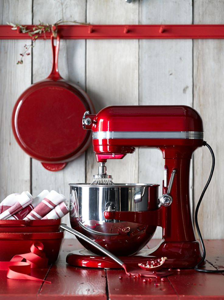 Add a splash of color to your kitchen with williamssonoma