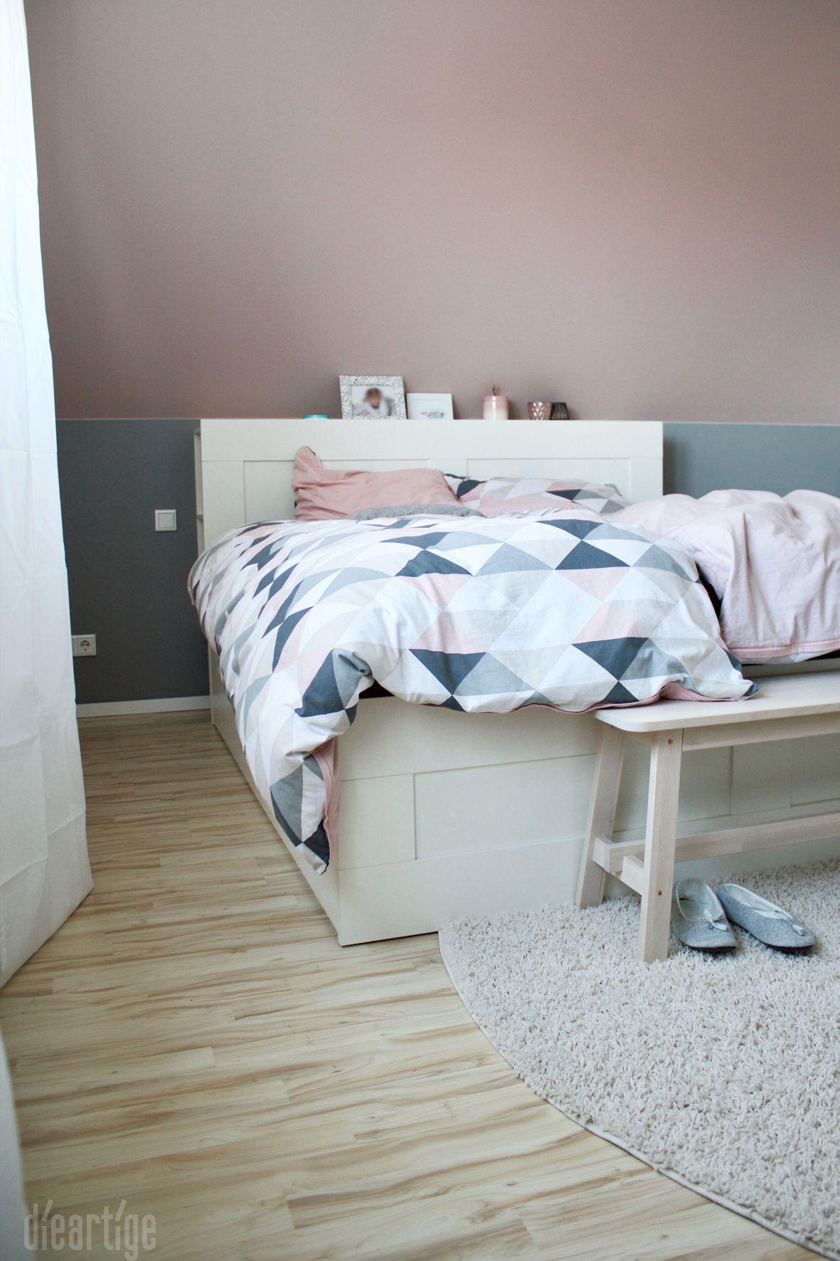 Z.   Schlafzimmer   Rosé, Grau, Weiß