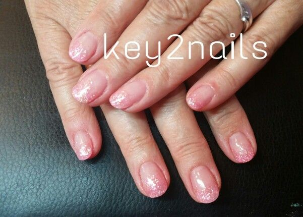 Pink acryl