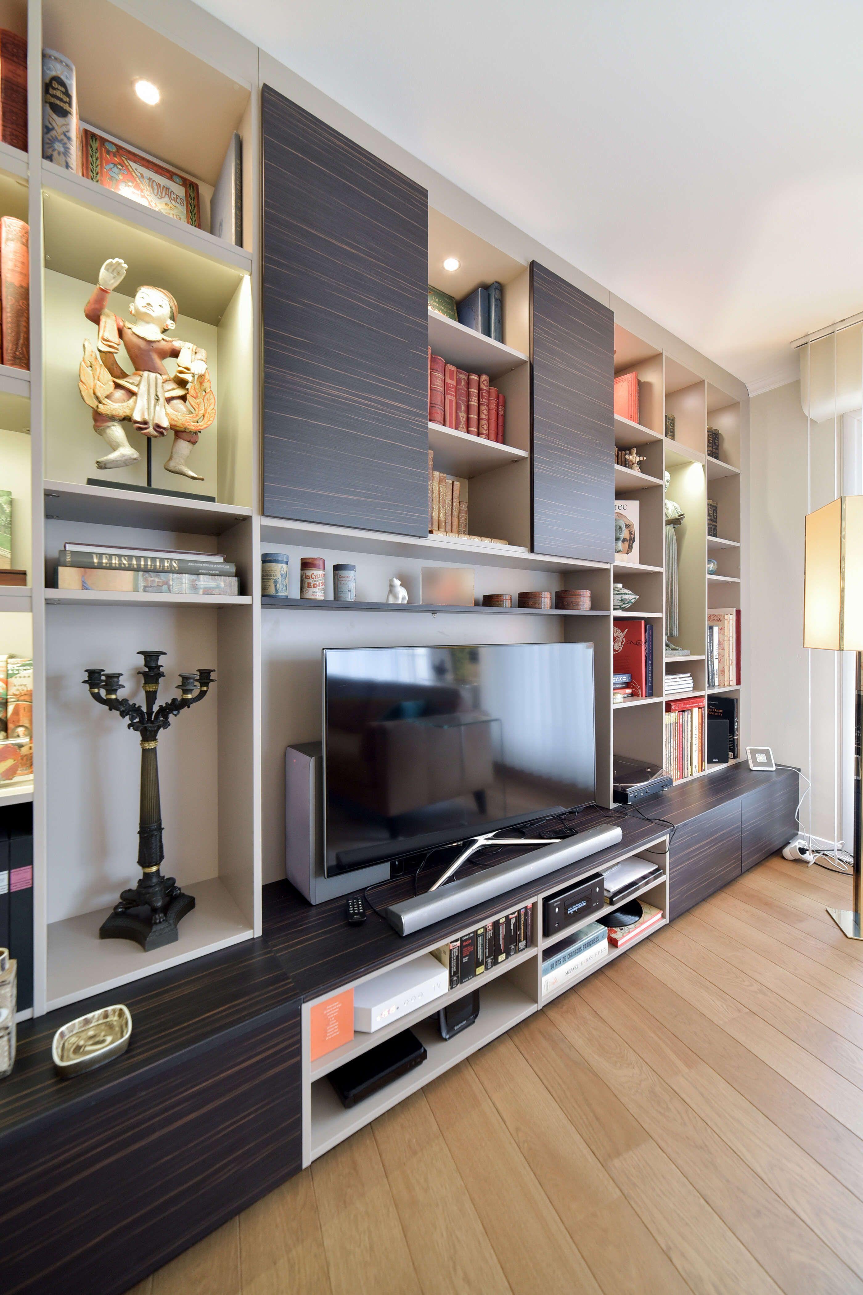 Un Agencement Design Et Elegant En 2020 Architecture De Maison Amenagement Maison Parement Mural