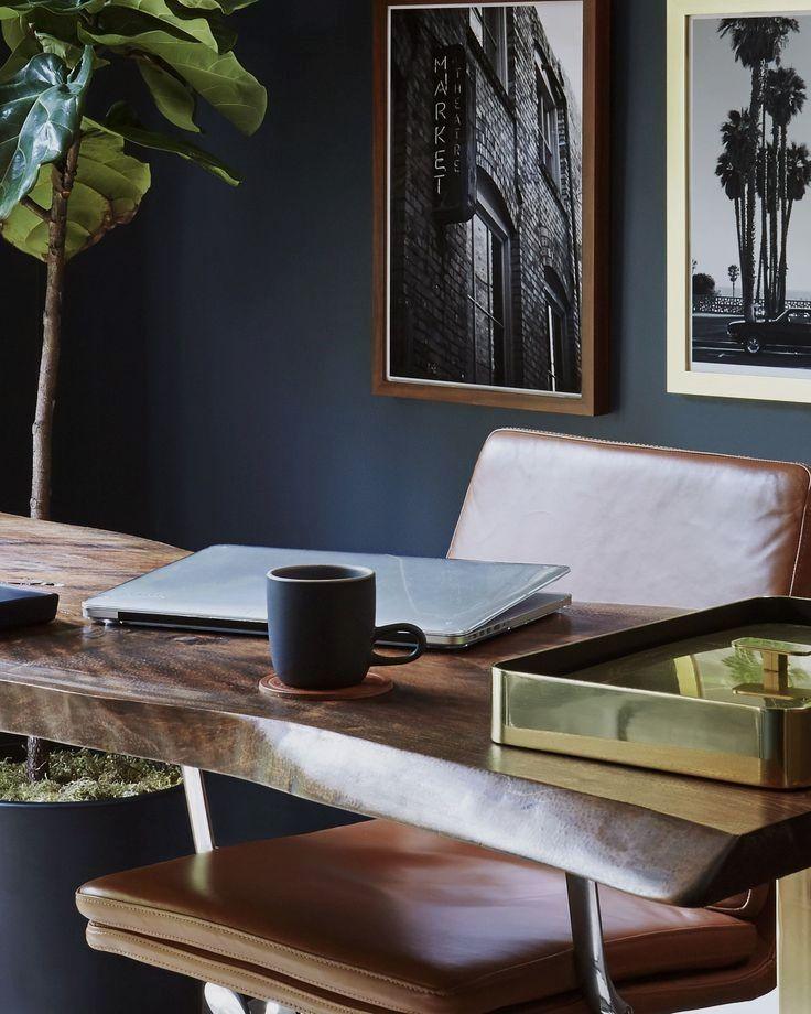 Feng shui desk in 2020 office interior design cool