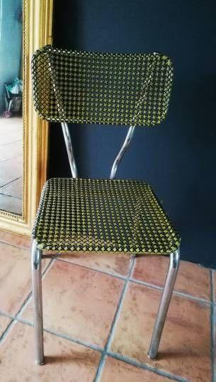 Chaise Cannage En Plastique Vintage