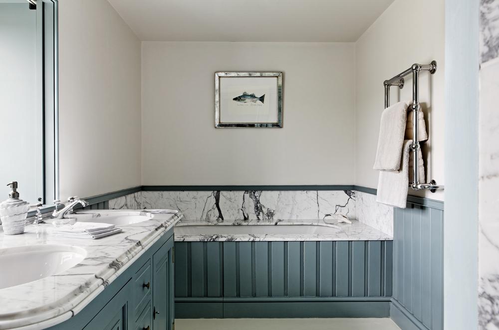 Pin by Rachel Winham Interior Design on BATHROOMS | New ...