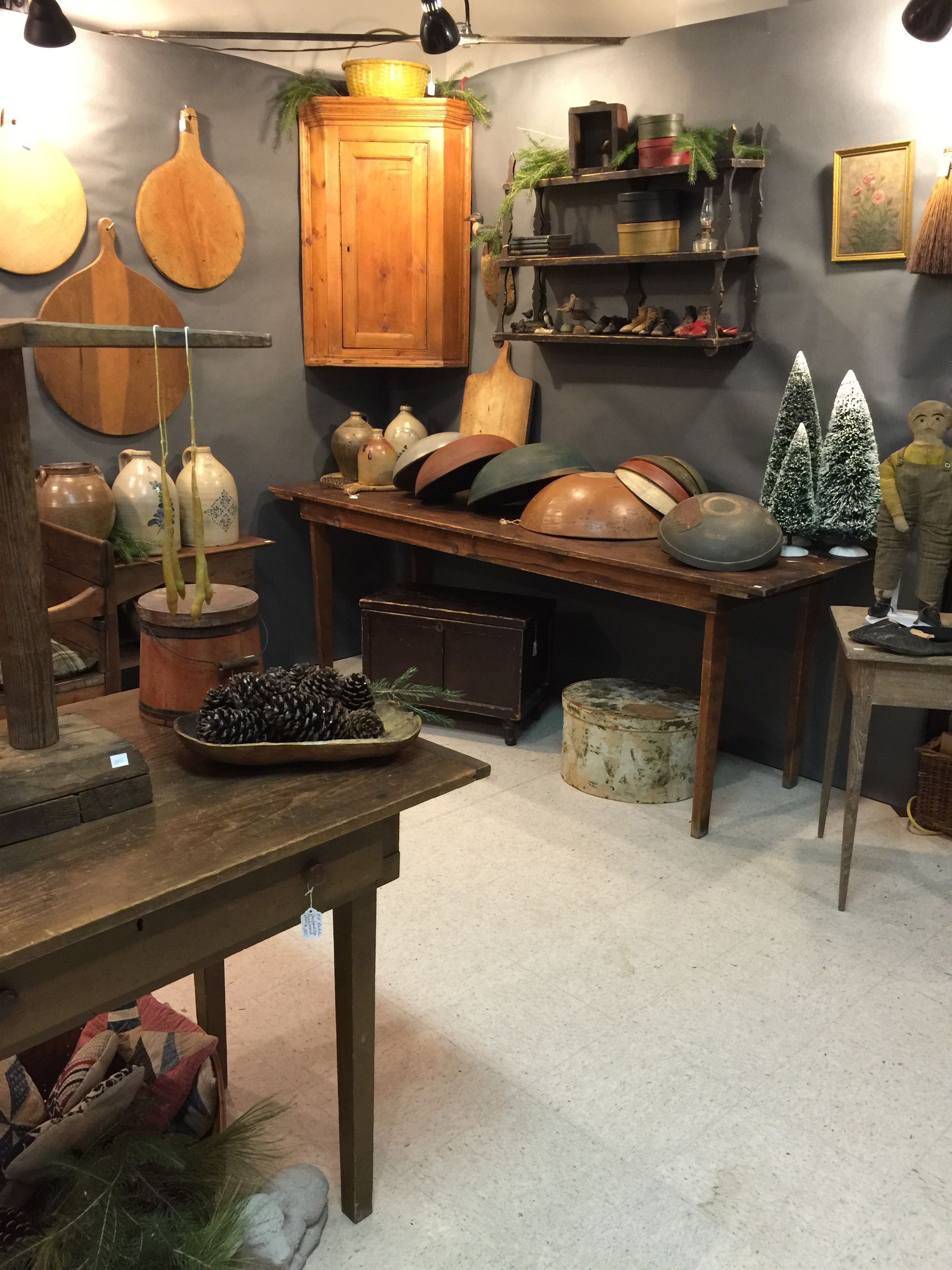 Lyn Andeen Antiques Illinois Amish Country Country Antiques Antique Show