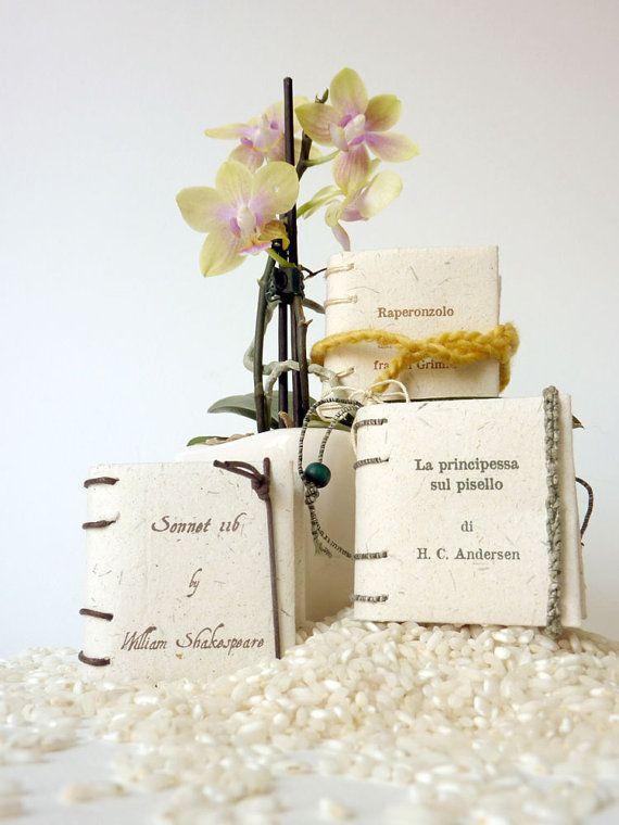 Mini books as wedding favors  eco friendly  set of 10 by Satyrika