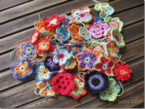 Tiny Crochet Flowers Craft Ideas Diy More Pinterest