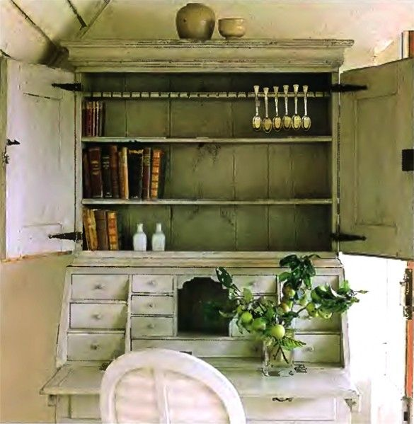 Swedish Country Home Decor: Swedish Style Cabinet Country House Room Decorating