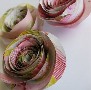 Cute rolled paper flowers made from magazine pages scrapbookingn cute rolled paper flowers made from magazine pages mightylinksfo