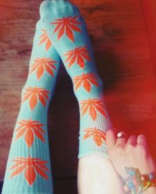 summer-haze-rasta-style-cannabis-and-marijuana-themed-clothing-and-posters-44