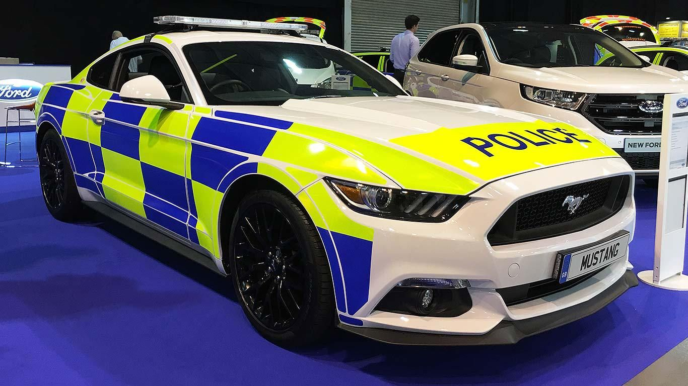 2016 Mustang uk police car currently being tested for UK Police Forces & UK Police Fleet Gets Ford Mustang The newest generation of Ford ... markmcfarlin.com