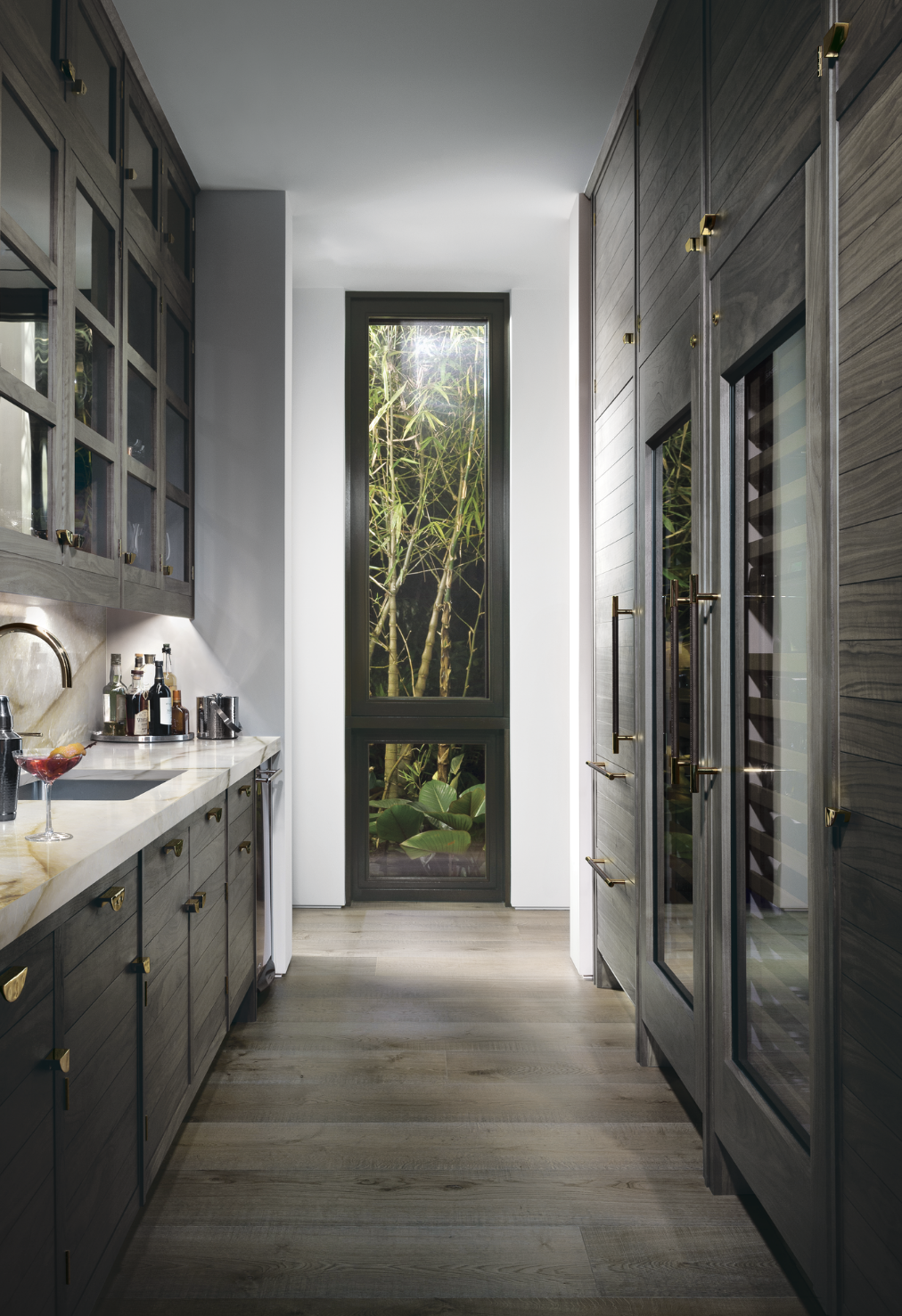 Smallbone Bar Area Gold Kitchen Bespoke Kitchen Design Luxury Kitchens Bespoke Kitchens