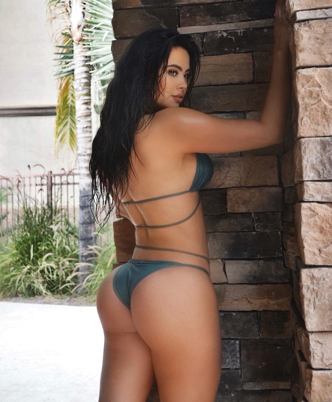 karla knafle island Bikini