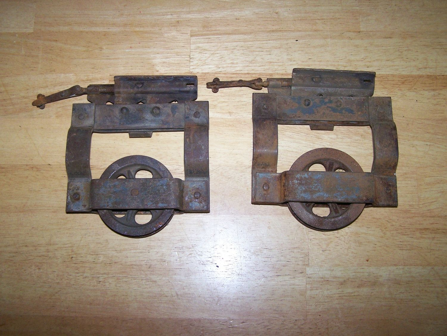Exceptionnel Antique Pocket Door Roller Hardware   Just A Couple Of Months Back I Went  Over To Fix A Pocket Door That Was Shutting In A B