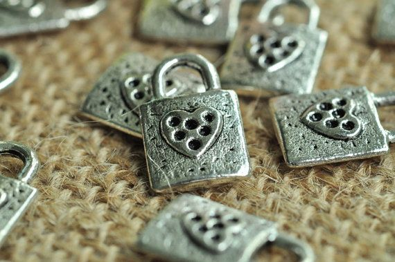 SANQIU 20PCS Enamel Colorful Heart Charm for Jewelry Making and Crafting