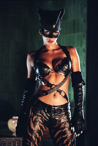 Anne Hathaways Catwoman Costume Will Be Subtly Sexy Not Smoldering