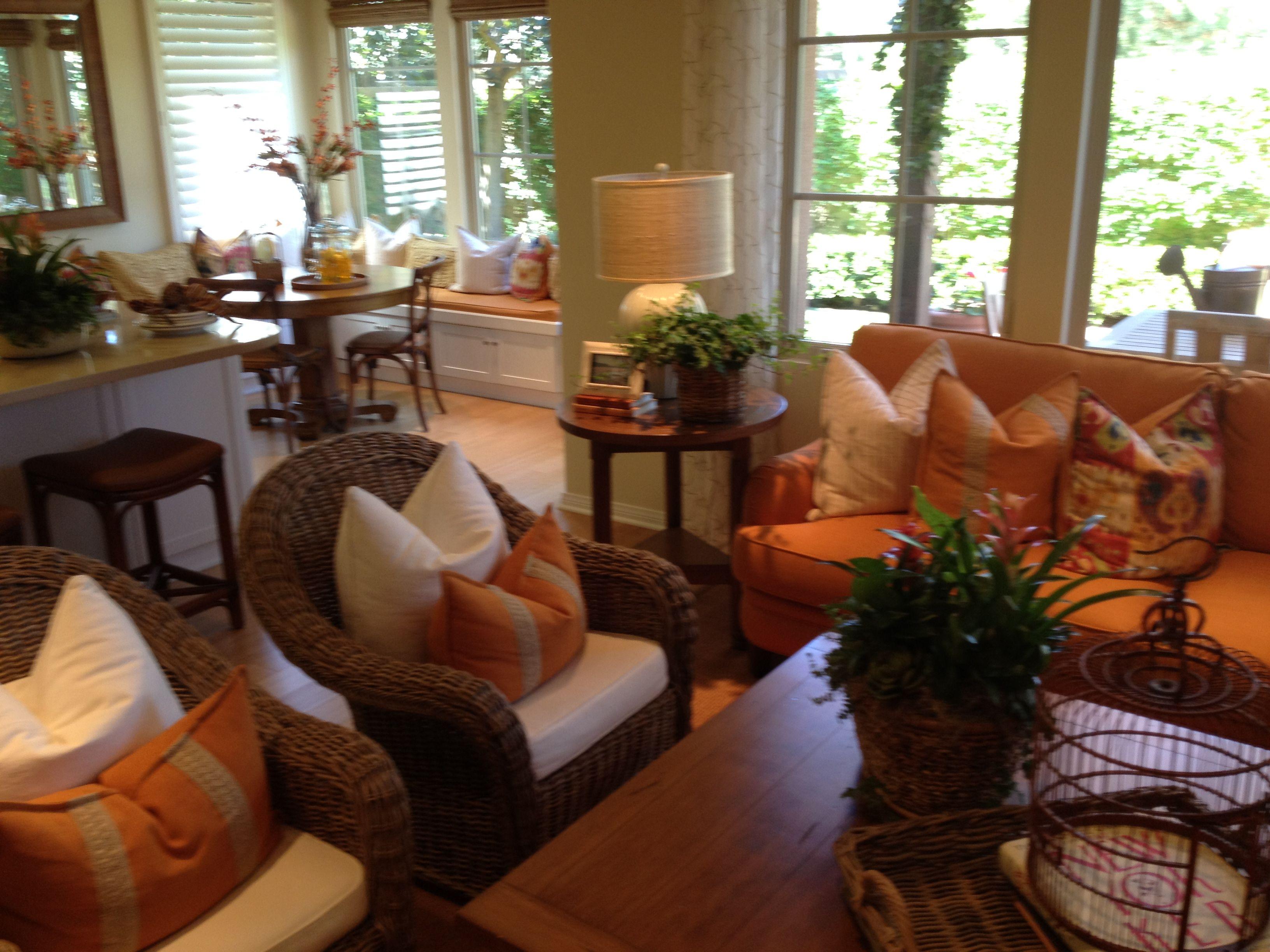 Casual, but classy Hawaiian interior decor and vibe | Hawaiian Home ...
