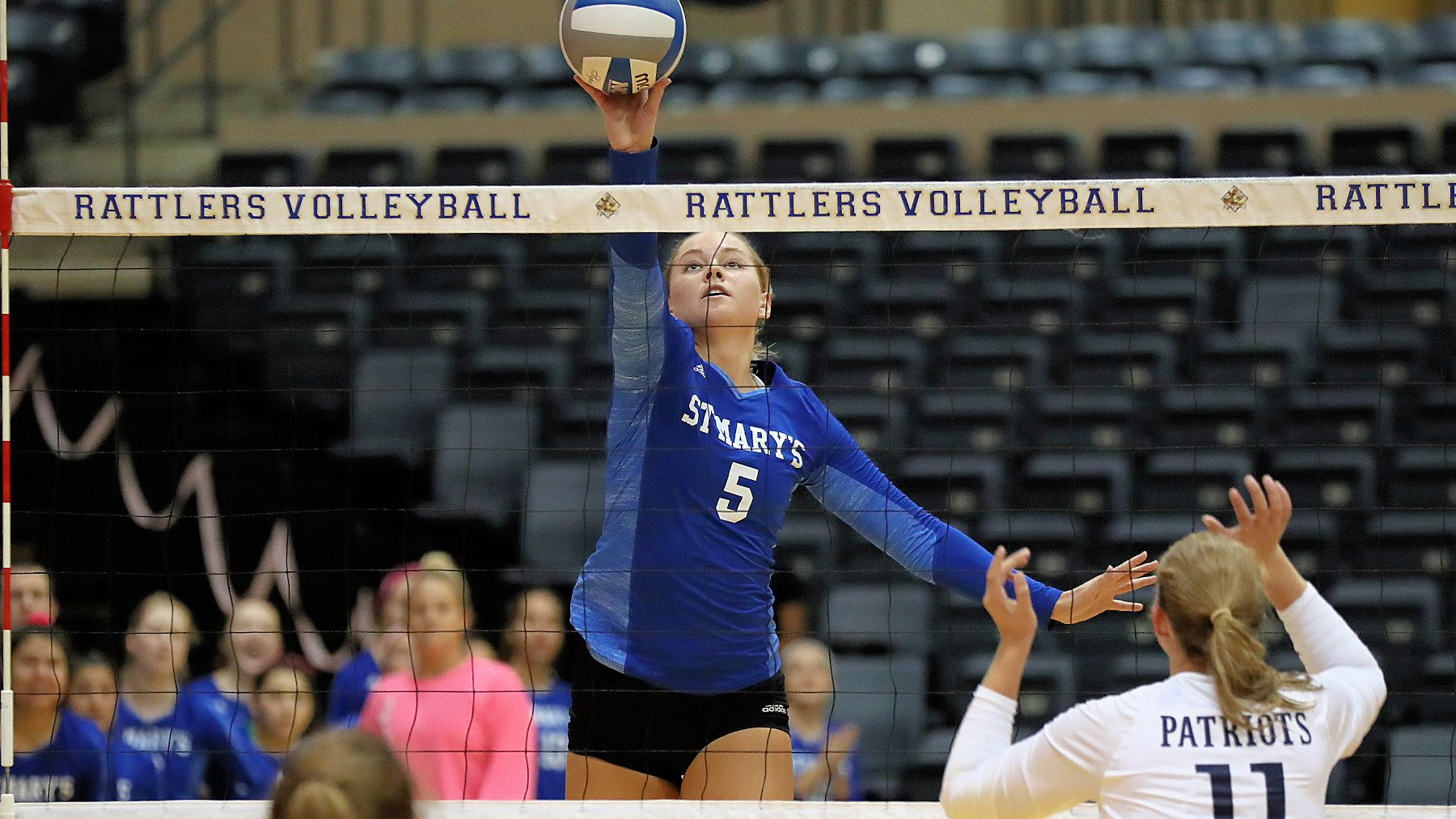Stmu Volleyball Defeats Dallas Baptist Volleyball Athlete Sports