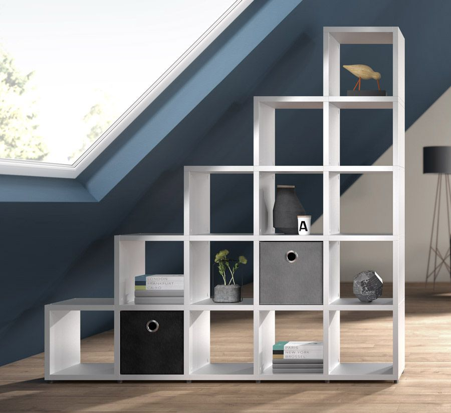 stufenregal f r das wohnzimmer auch sch n als raumteiler. Black Bedroom Furniture Sets. Home Design Ideas