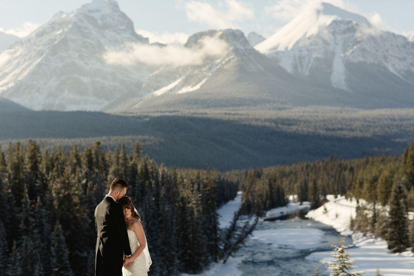 winter wedding in Lake Louise