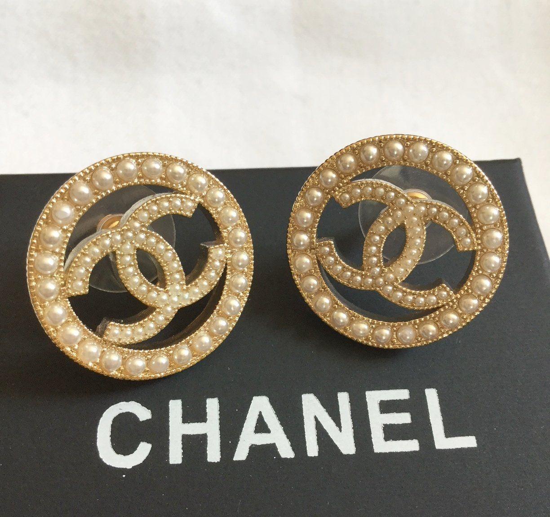 7ec08d911 CHANEL+CC+Cream+Seed+Pearl+CIRCLE+Pale+GOLD+Stud+Earrings+NIB ...