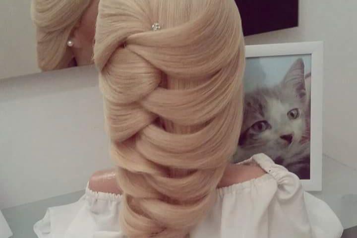 تسريحات شعر بسيطه بالصور تسريحات جميله سيدات مصر Hair Styles Beautiful Hair Cool Hairstyles