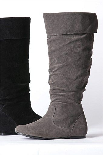Sara ; Flat Suede Boots These might be perfect while I'm pregnant ...